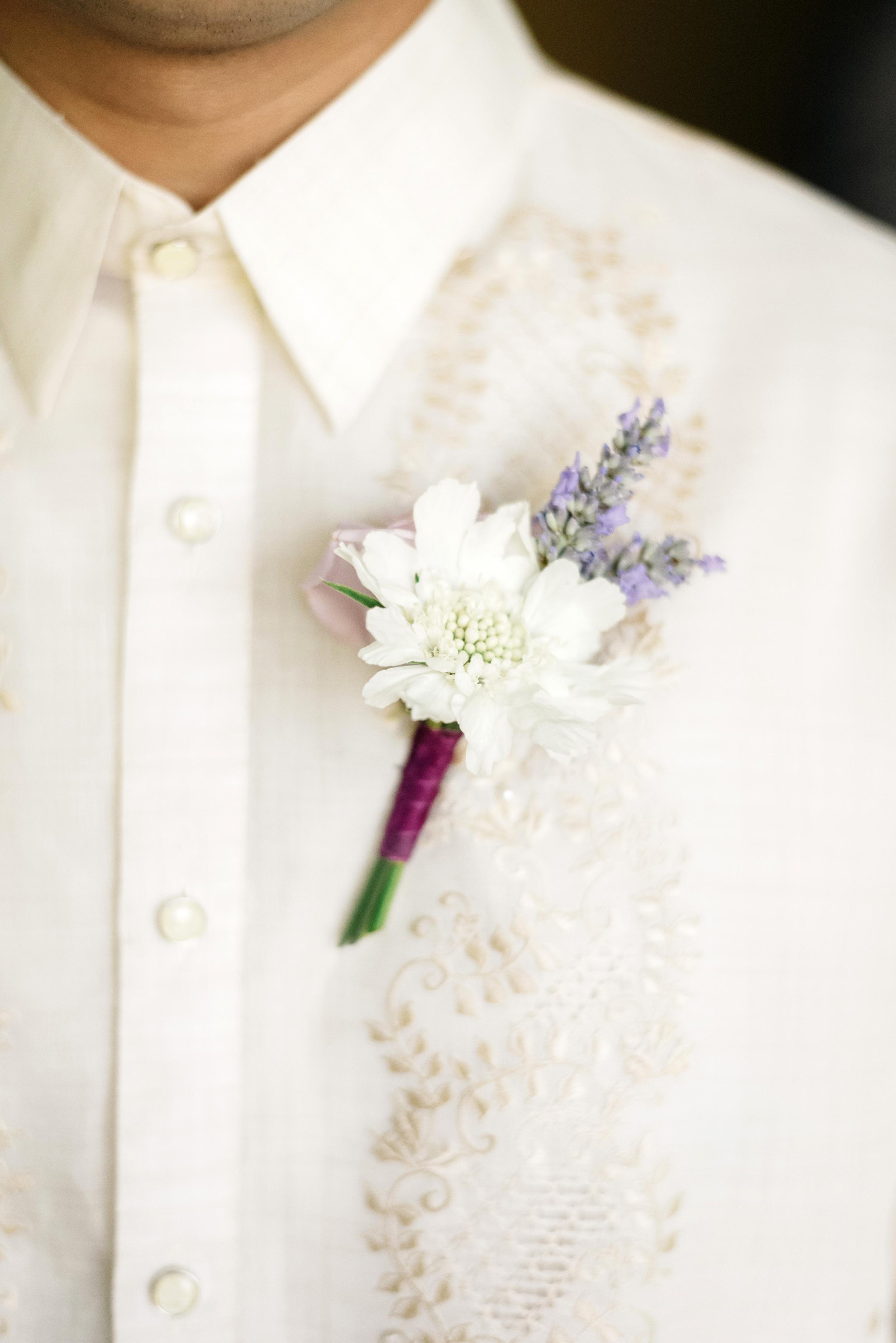 White Wedding Boutonniere | Joe and Patience Photography | Filipino Wedding Planner | Seattle Wedding Planner | Ballard Bay Club Wedding
