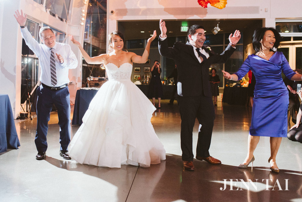 Father/Daughter & Mother/Son Dance at Wedding | Seattle Wedding Planner New Creations Weddings