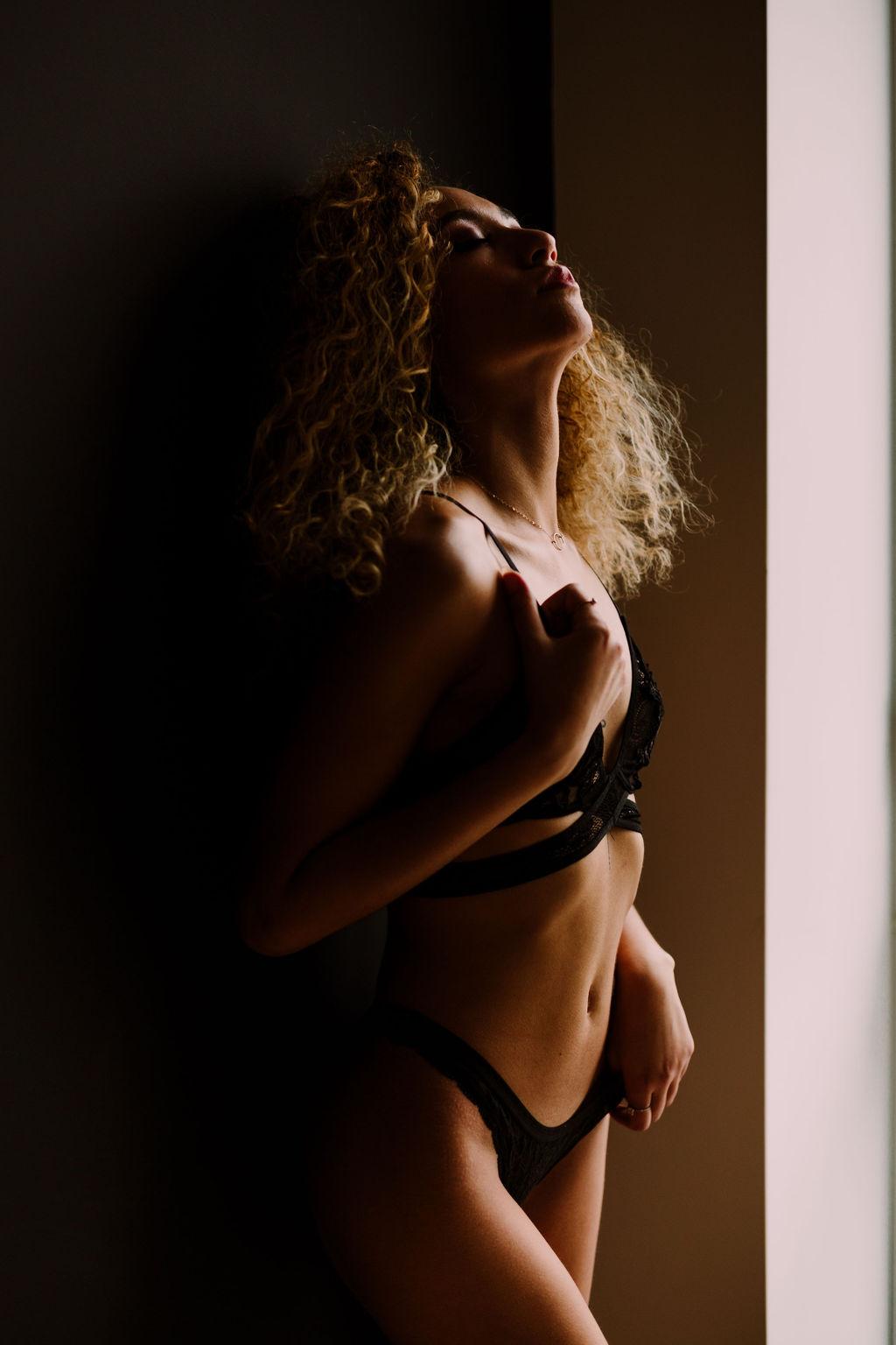 MissK_StayLokalFishtown_PhiladelphiaBoudoirPhotographer2.jpg