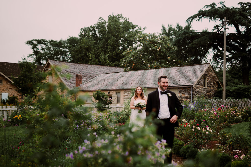 StylishBatramsGardenWedding_PhiladelphiaWeddingPhotographer2.jpg