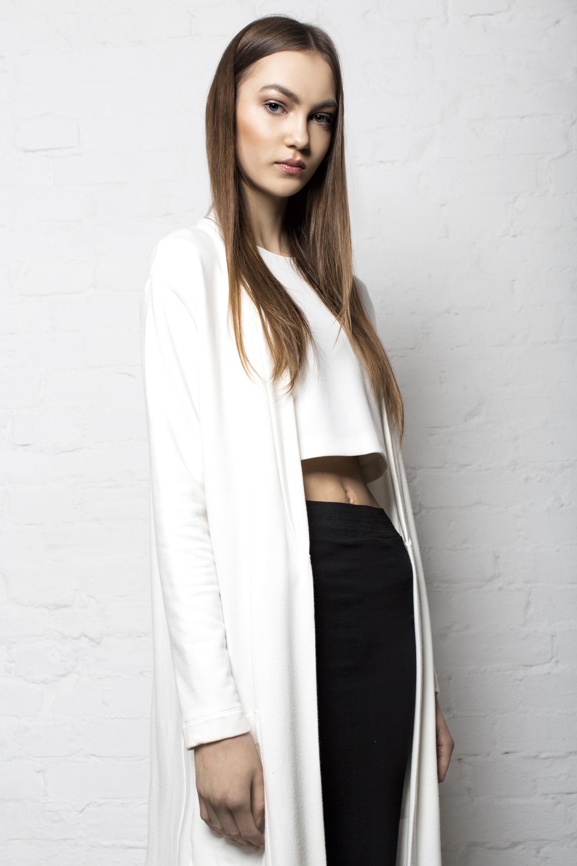 cardigan KEYCE, blouse PLISSIMA, skirt CUBUS