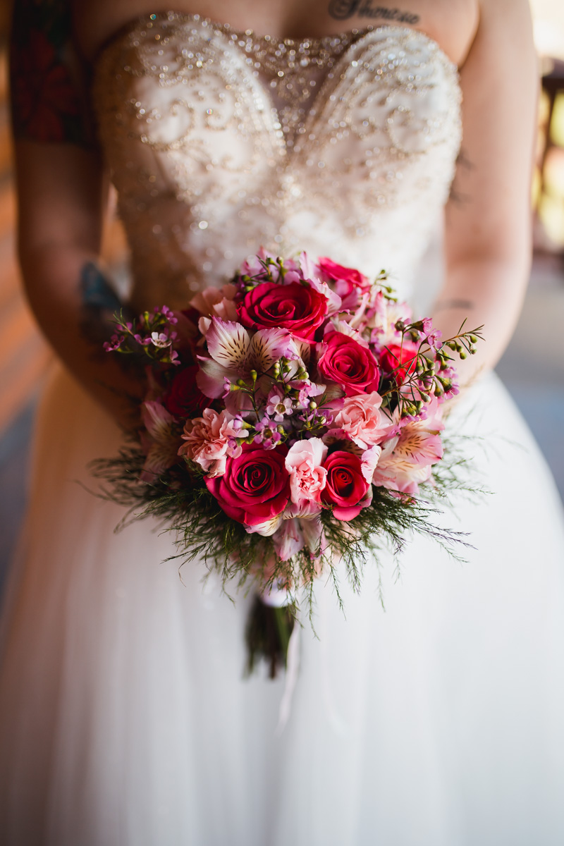 pink-roses-diy-bridal-bouquet.jpg