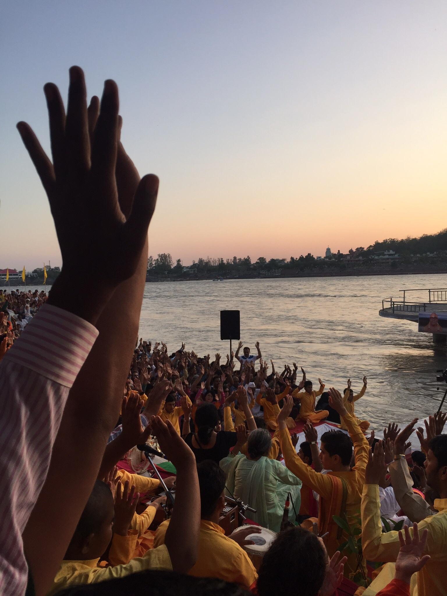 A Hindu celebration at sunset. Shanti shanti.