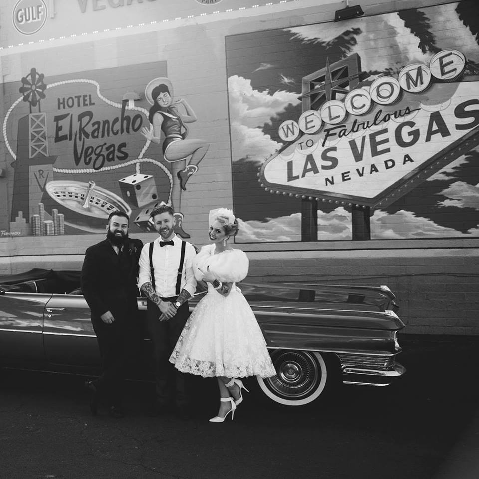 Philip along side James and Kat as they photograph their lovely wedding day in fabulous Las Vegas.