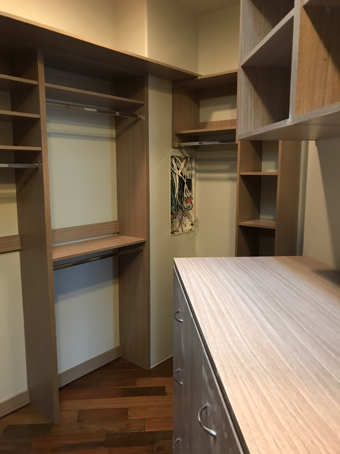 Walk-in with Angled walls