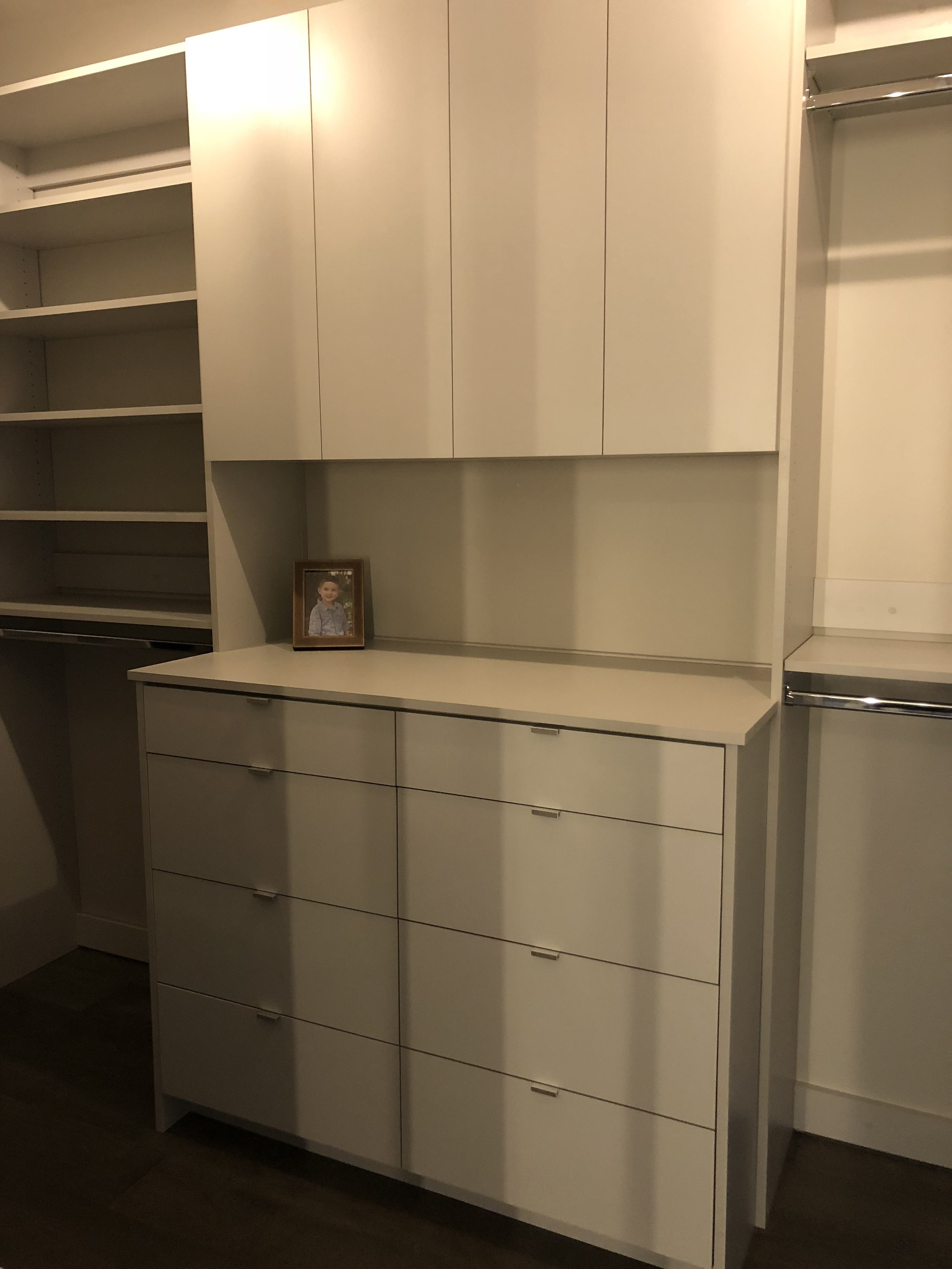Double Hutch Drawers