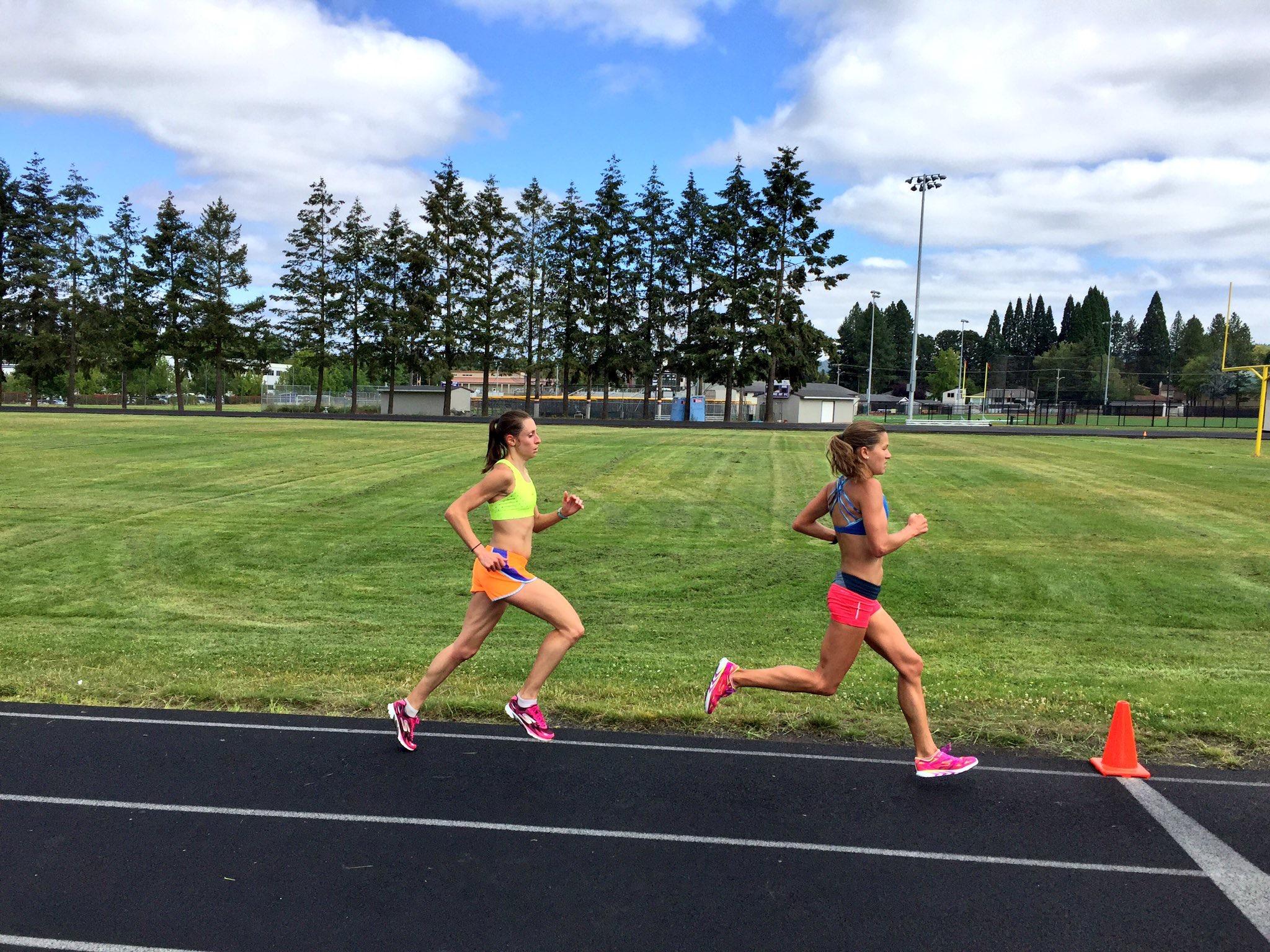 HPW Elite teammates, Kristen Rohde (left) and Tara Welling (right).