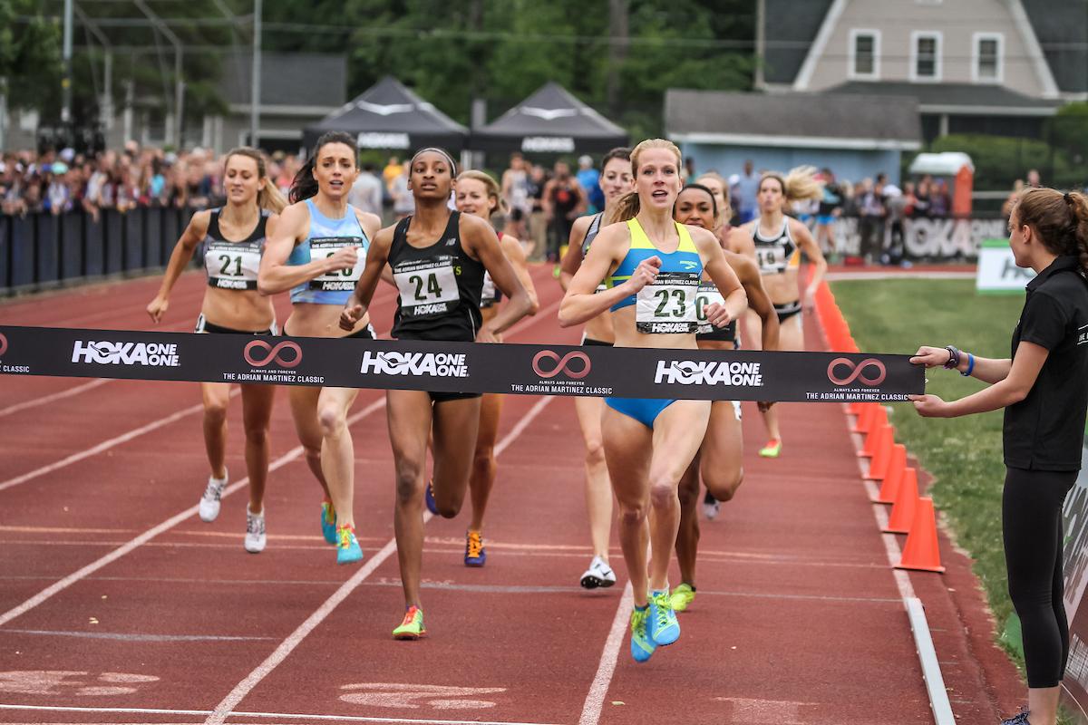 McKayla Fricke r, winning the 2016 Adrian Martienz Classic Women's 800m |photo © kevmofoto.com