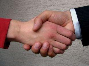 Shaking Hands_20090828