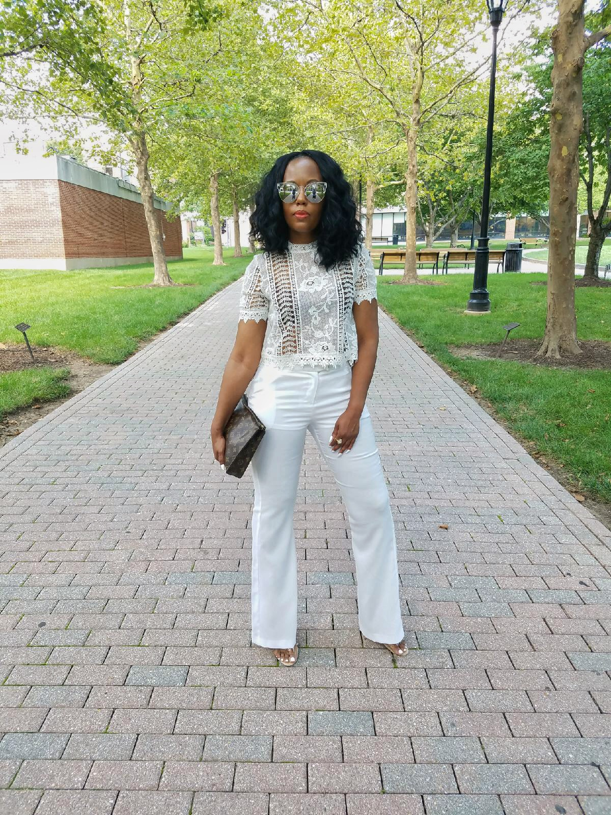 Simply-Stylish-In-All-White