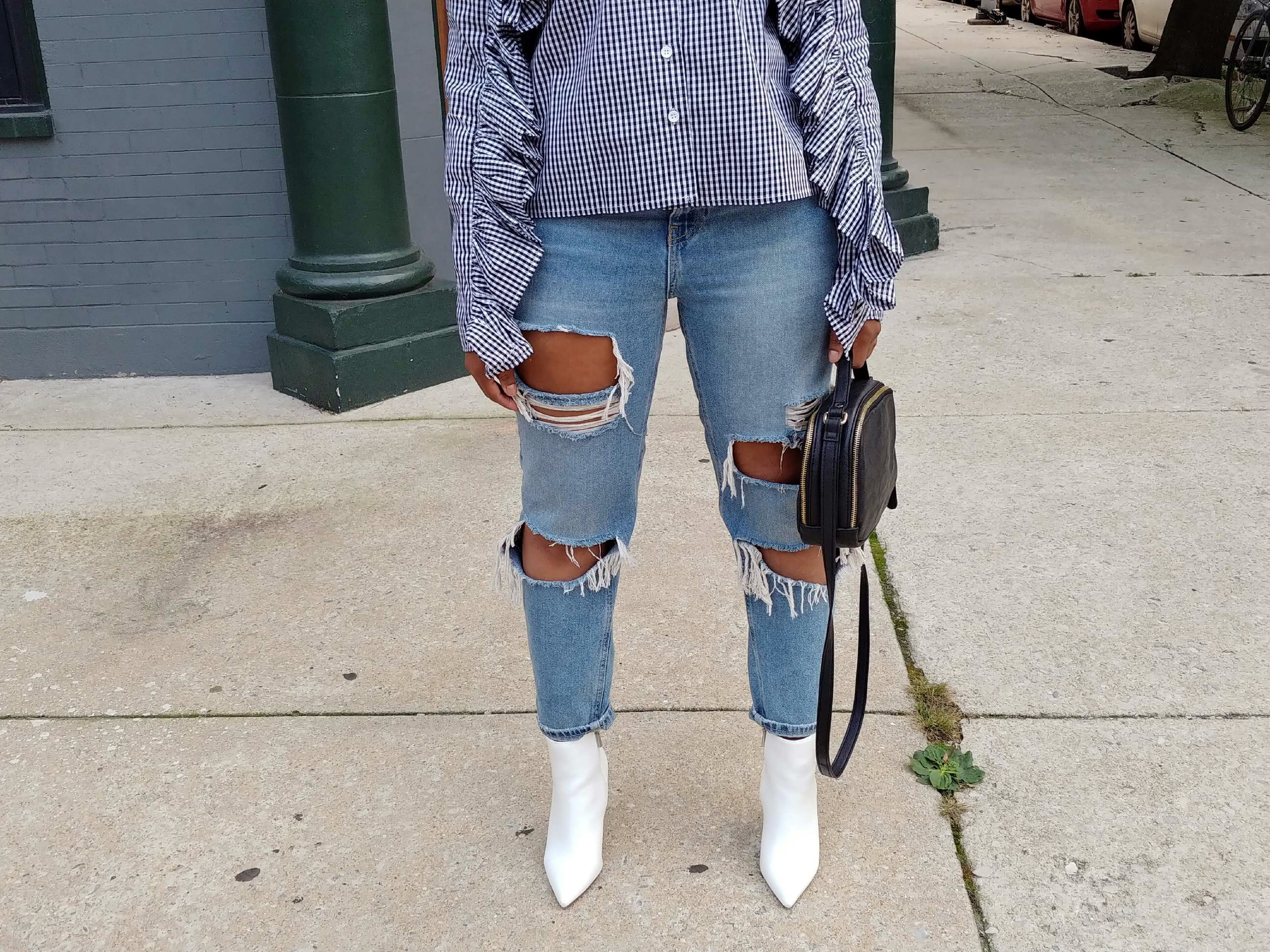 How-To-Rock-Ruffle-And-Gingham-Top