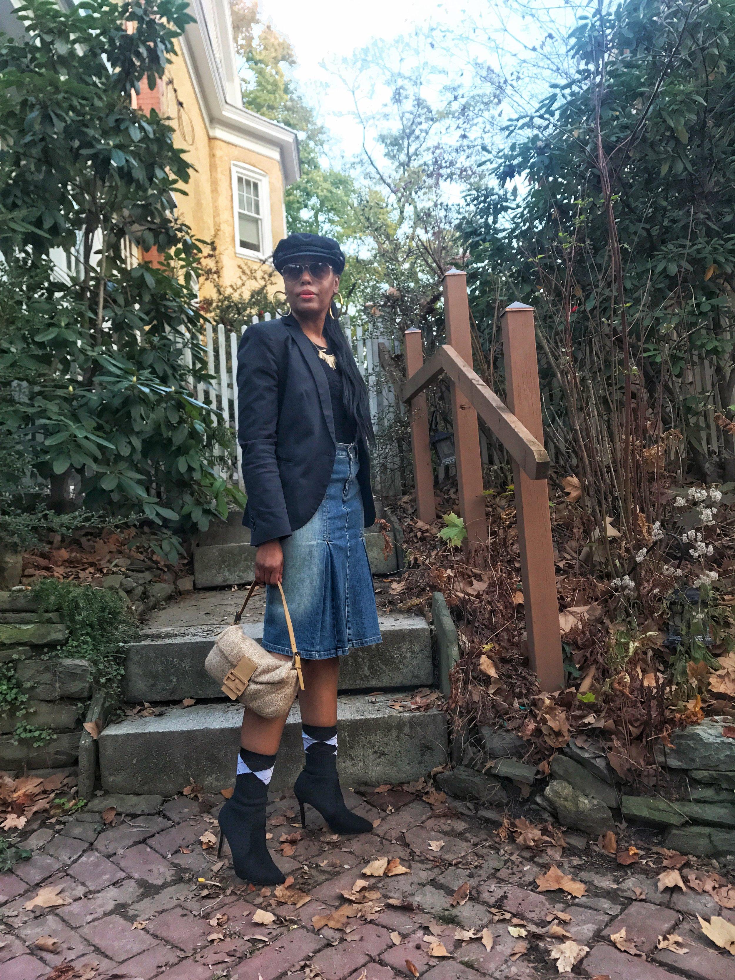 Denim Skirt (Levi's)(old) Alternatives  here    Top (DKNY)(old)   Blazer(Forever21) Alternative  here    Newsboy Cap (Primark) Alternative  here    Booties (TJ Maxx) Alternative  here   Bag (Fendi)