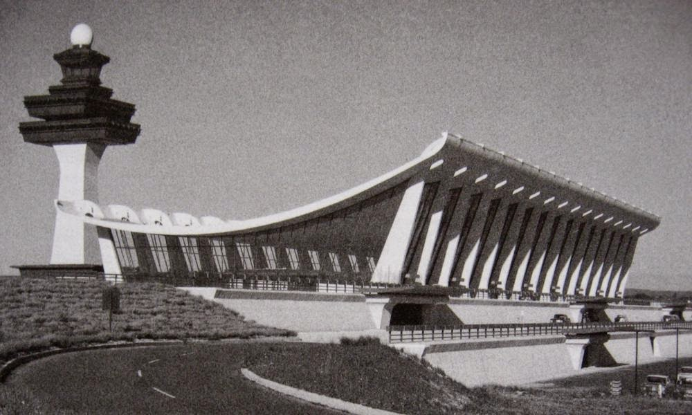 Dulles-Airport-Terminal-1962.jpg