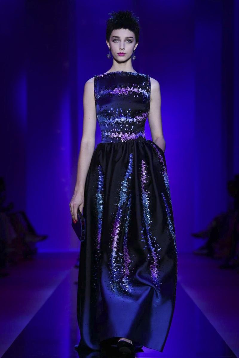 giorgio-armani-prive-couture-fw15-paris-3575-1436294041-bigthumb.jpg