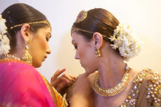 indian-bridal-fashion-week07.jpg