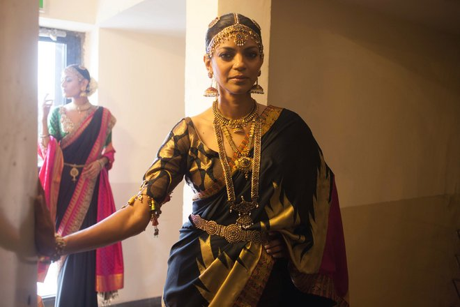 indian-bridal-fashion-week10.jpg