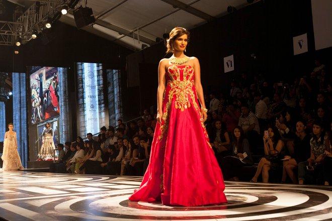 indian-bridal-fashion-week17.jpg