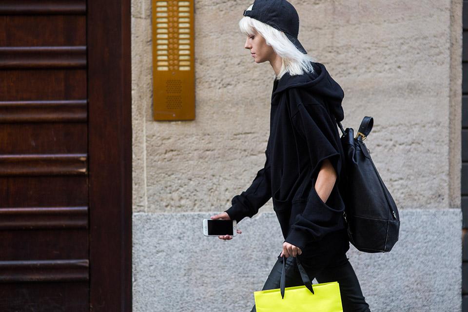 milan-fashion-week-women-spring-summer-2016-street-style-04.jpg