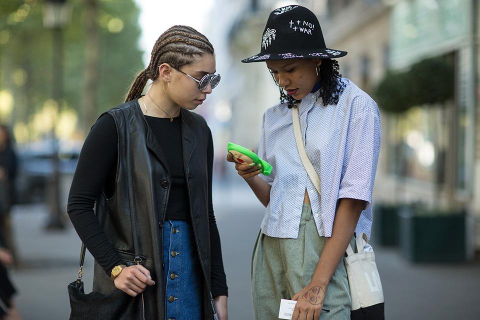 street-style-paris-fashion-week-womens-spring-summer-2016-part-2-8.jpg