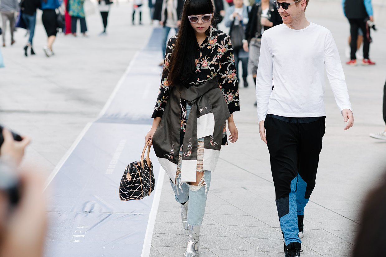 seoul-fashion-week-2015-street-style-day-3-04.jpg
