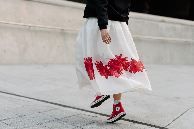 seoul-fashion-week-2015-street-style-day-4-07.jpg