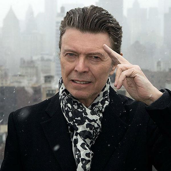 Bowie Salute Glast 600.jpg