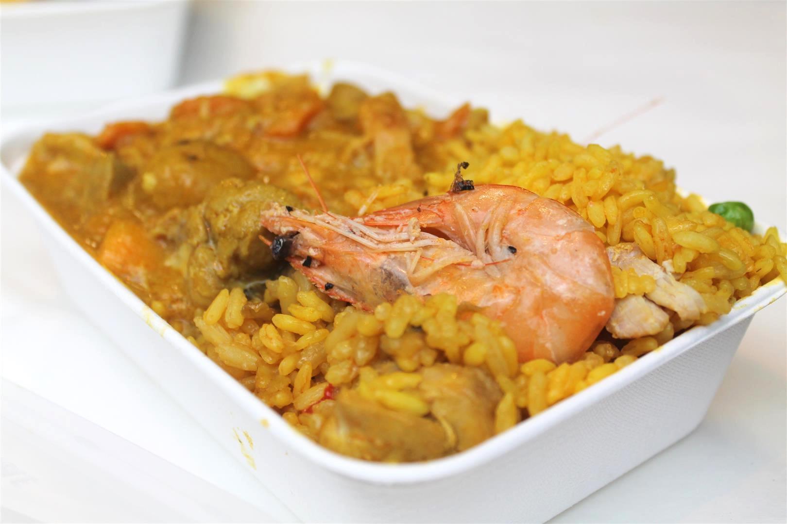 bomba paella and curry half-and-half