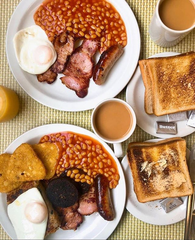 MORNING! 🍳🥓☕ The ultimate British breakfast scene at Regency Cafe 😍 What are your must have items for a good fry up? Let us know! ⬇️ - Thanks @jamesdimitri for this #LondonCheapEats photo 📸 Always got to have black pudding...we like a few fried onions as well 😏 - You can't get more traditional than Regency Cafe, it has been around since the 1940's and the menu hasn't changed much since! It's also featured in loads of films and TV shows! 🎥📺 -  f you eat at one of our recommendations, don't forget to let us know using the #londoncheapeats hashtag or tagging @ldncheapeats, either on Instagram or Twitter. We may well share it! 👍 #LondonCheapEats  #infatuationlondon #toplondonrestaurants #foodporn #tryitordiet #london #spoonfeed #eater #noleftovers #feedyoursoul #dailyfoodfeed #eatfamous #forkyeah #cheatmeal #eatingfortheinsta #devourpower #topcitybites #eeeeeats #noBSfood #buzzfeedfood #foodpornshare #beautifulcuisines #fryup #breakfast #hashbrowns