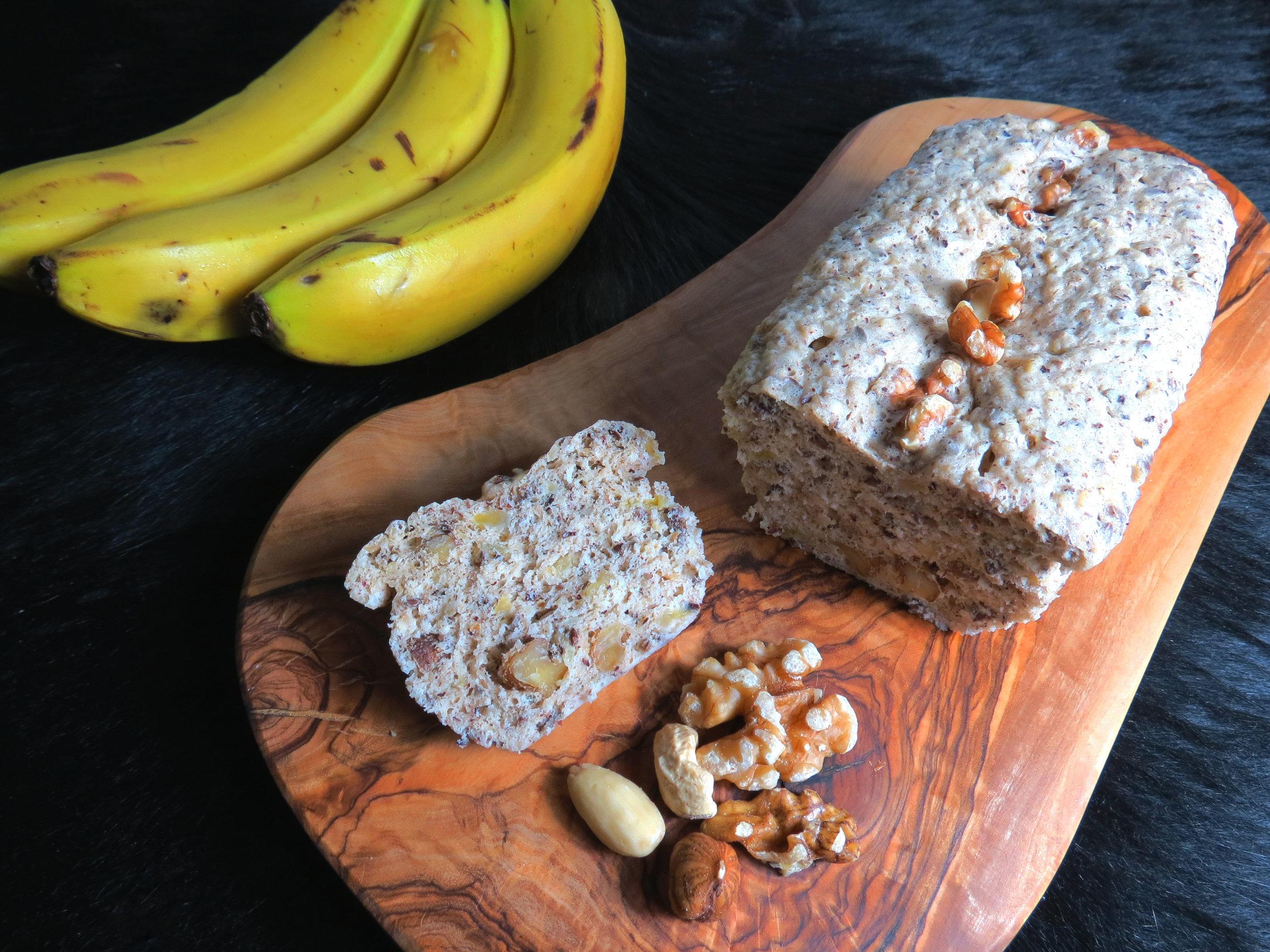 Der schnellste und gesündeste Bananen-Nuss-Kuchen - kitchen-impossible.com