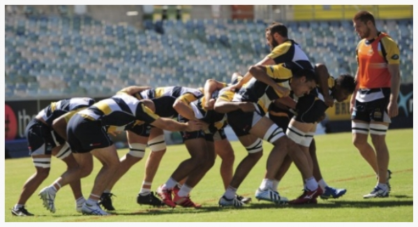 The Brumbies practise their rolling maul. Source:  SMH