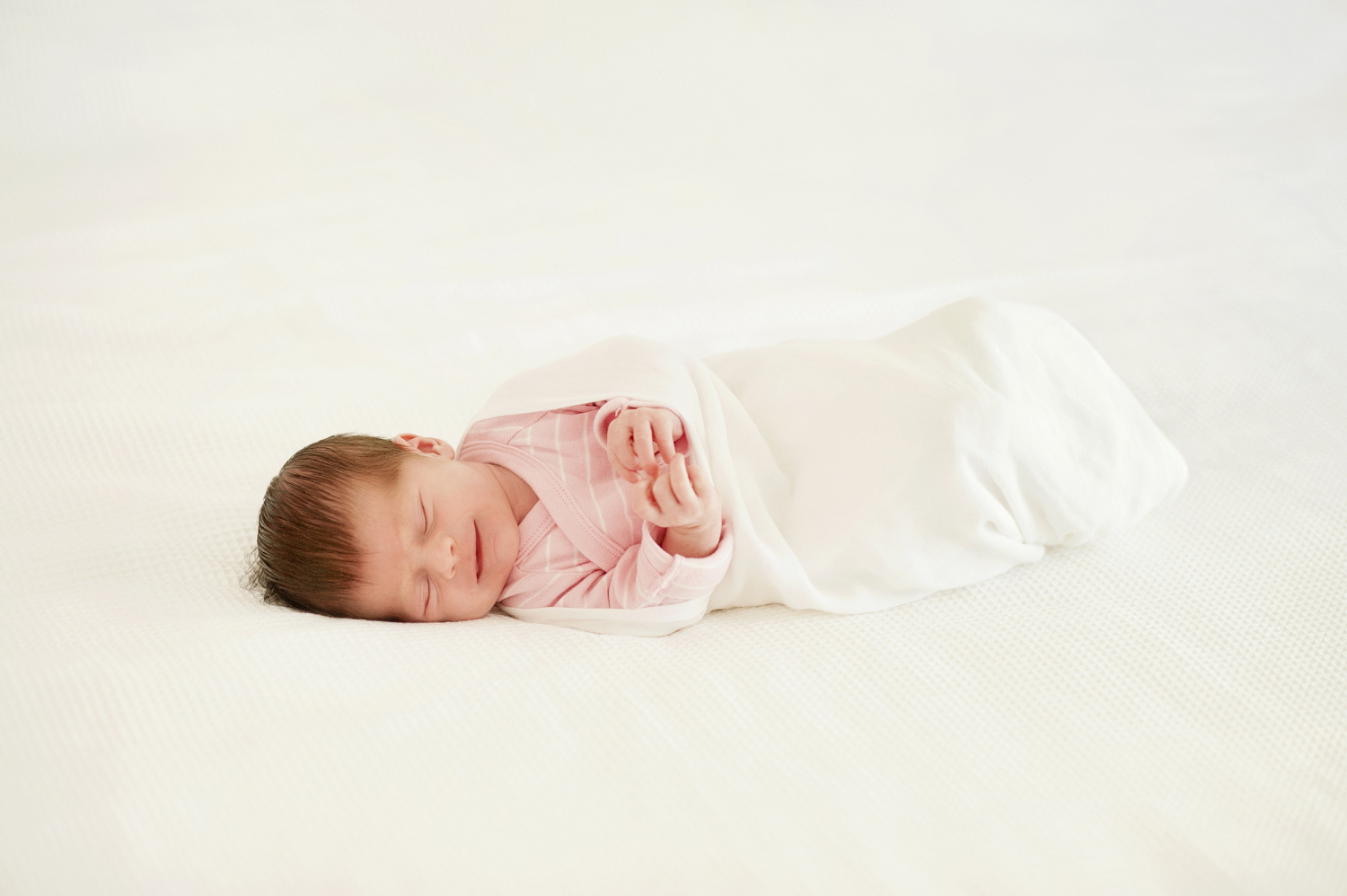 at home relaxed maternity and newborn photographer perth 08.jpg