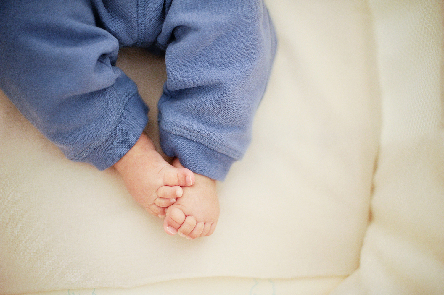 relaxed baby photography perth 12.jpg