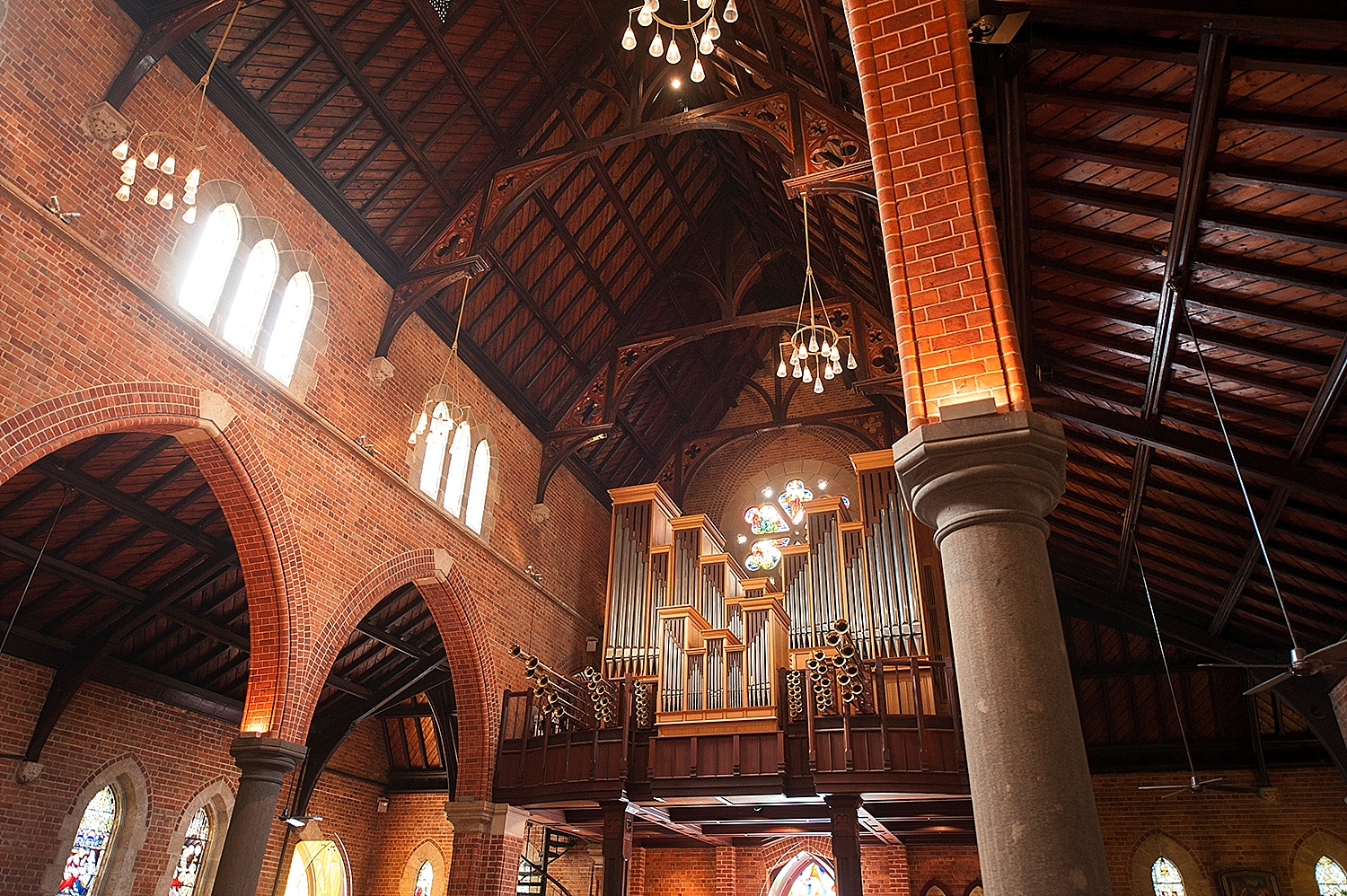 28_st georges cathedral acqua viva wedding perth.jpg