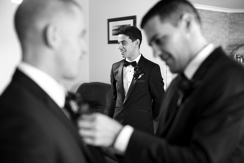 30_perth wedding photographers deray and simcoe.jpg