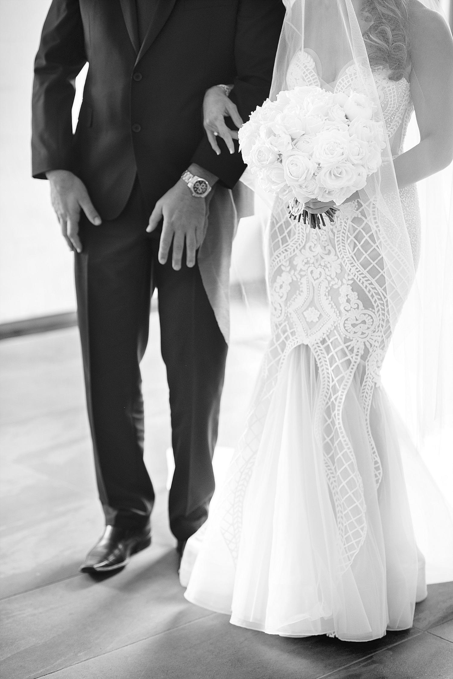 34_perth wedding photographers deray and simcoe.JPG
