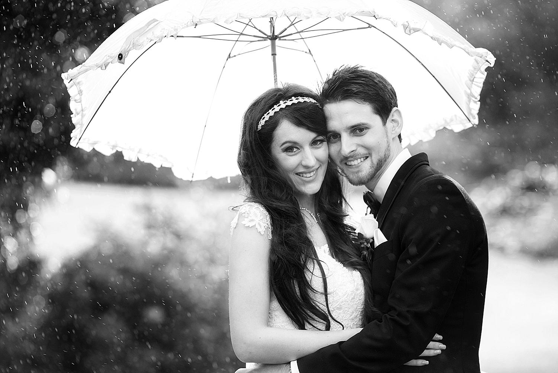 43_perth wedding photographers deray and simcoe.jpg