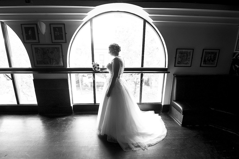 54_perth wedding photographers deray and simcoe.jpg
