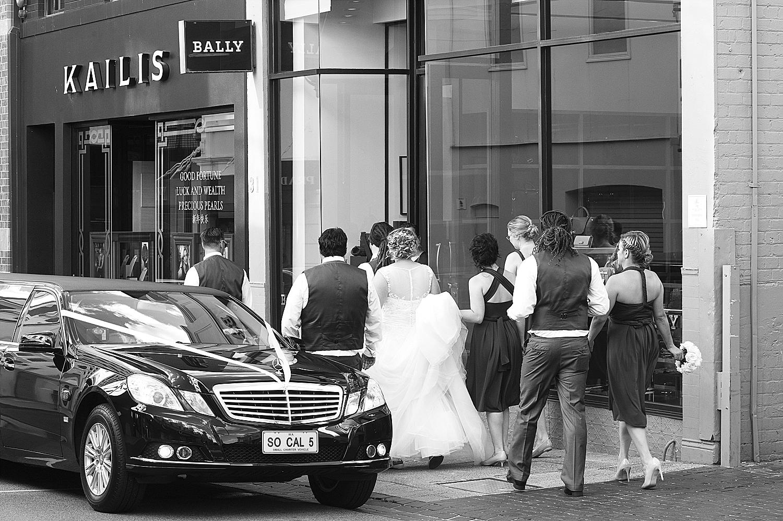 57_perth wedding photographers deray and simcoe.jpg
