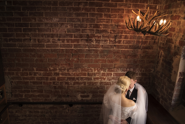 66_perth wedding photographers deray and simcoe.jpg