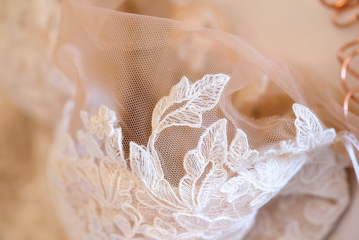 16_couture lace dress wedding perth .jpg