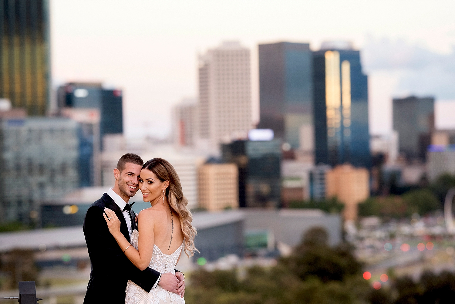 34 kings park city skyline wedding perth deray simcoe.jpg