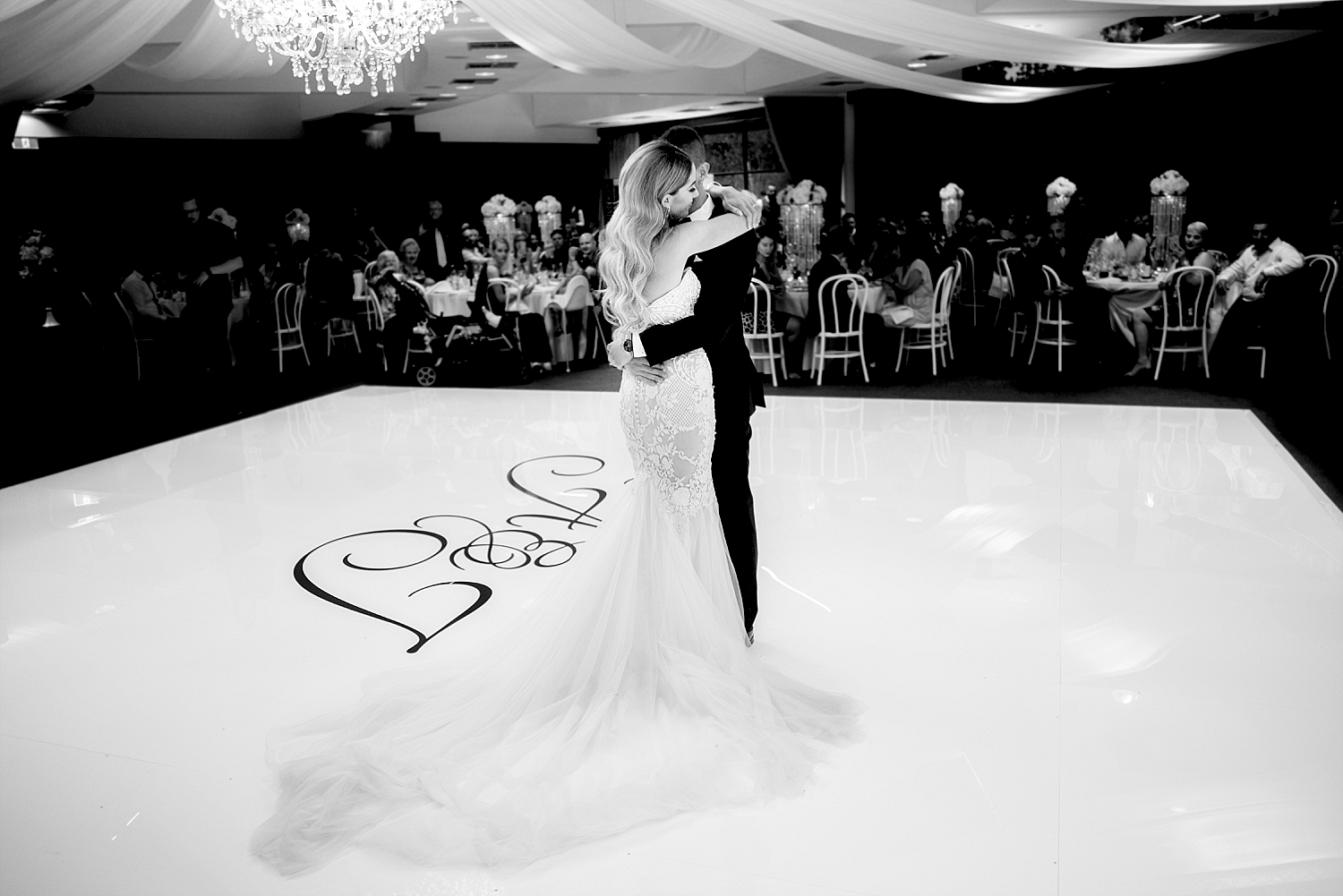 40 state reception centre first dance wedding perth deray simcoe.jpg
