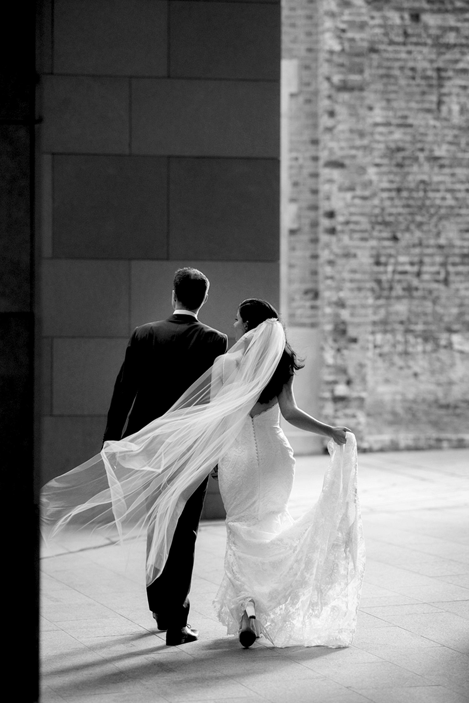 51_Perth wedding photos at Treasury Building.jpg