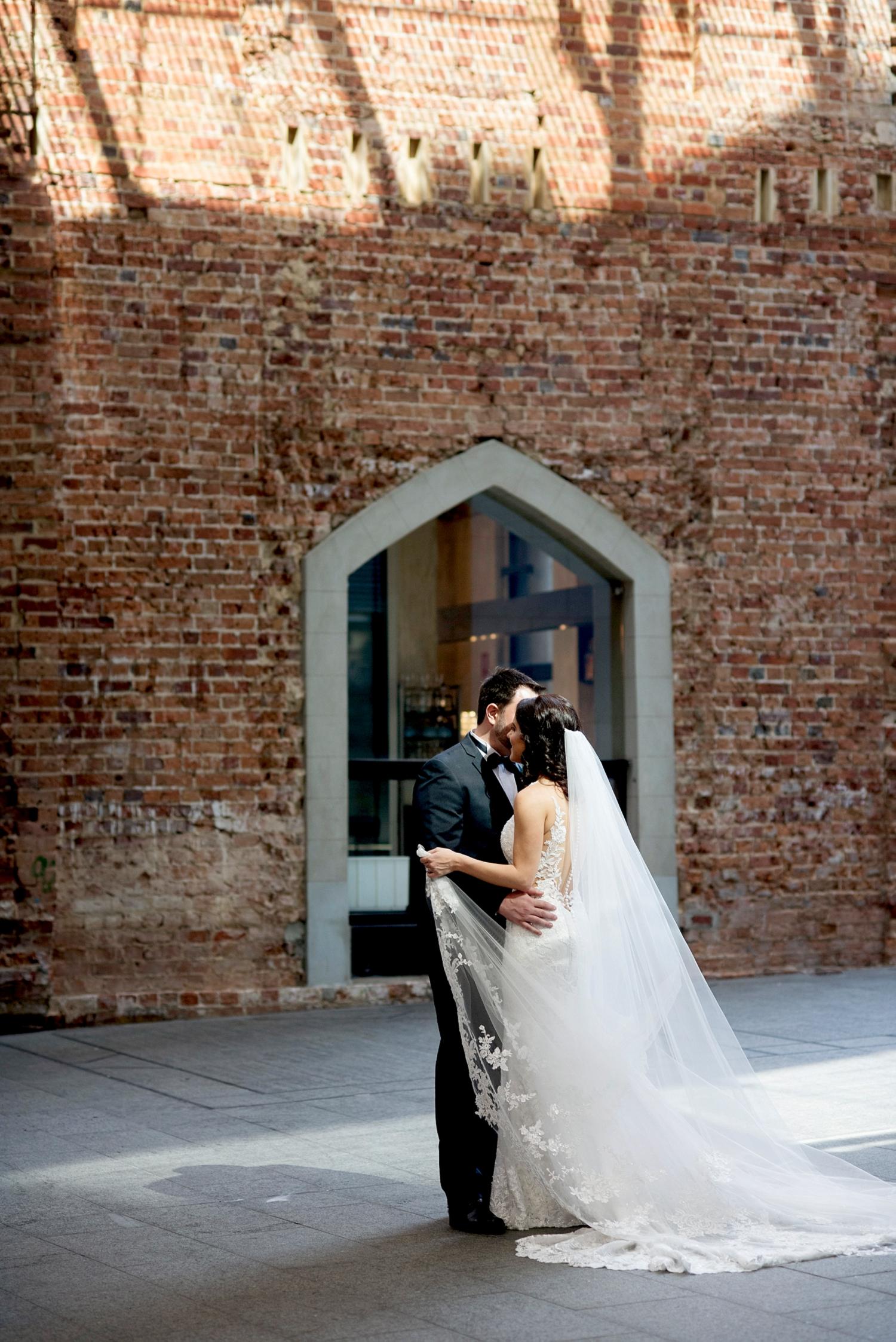 40_treasury buildings wedding photos perth.jpg