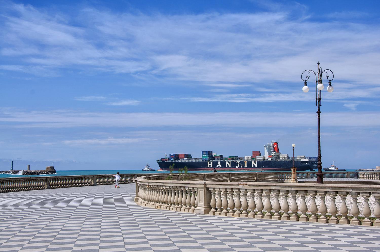 Livorno - www.thefxworks.co.uk3.JPG
