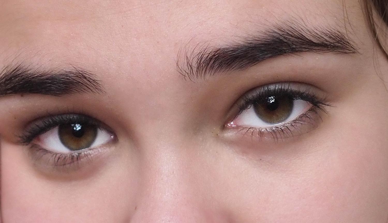 Taken using Face detection - R eye - Very fast.