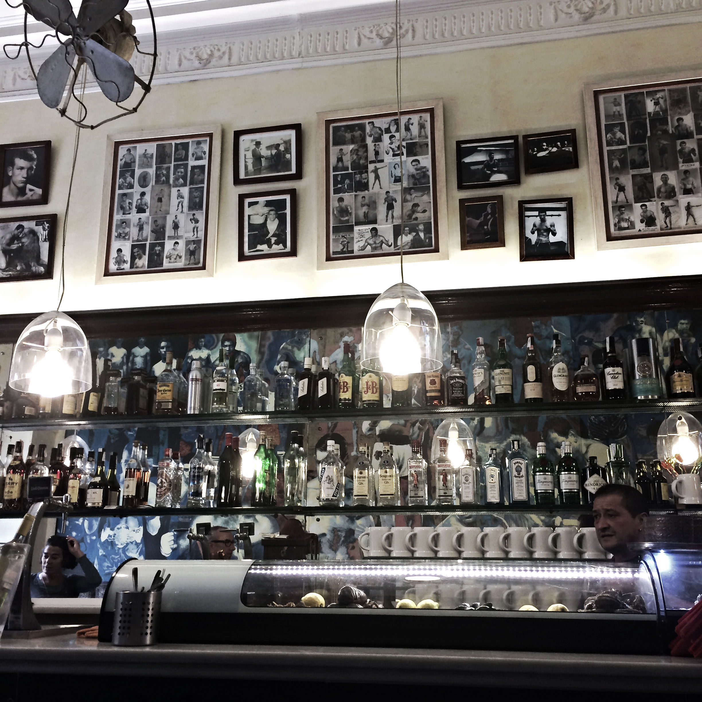 Bar Mundial, Barcelona