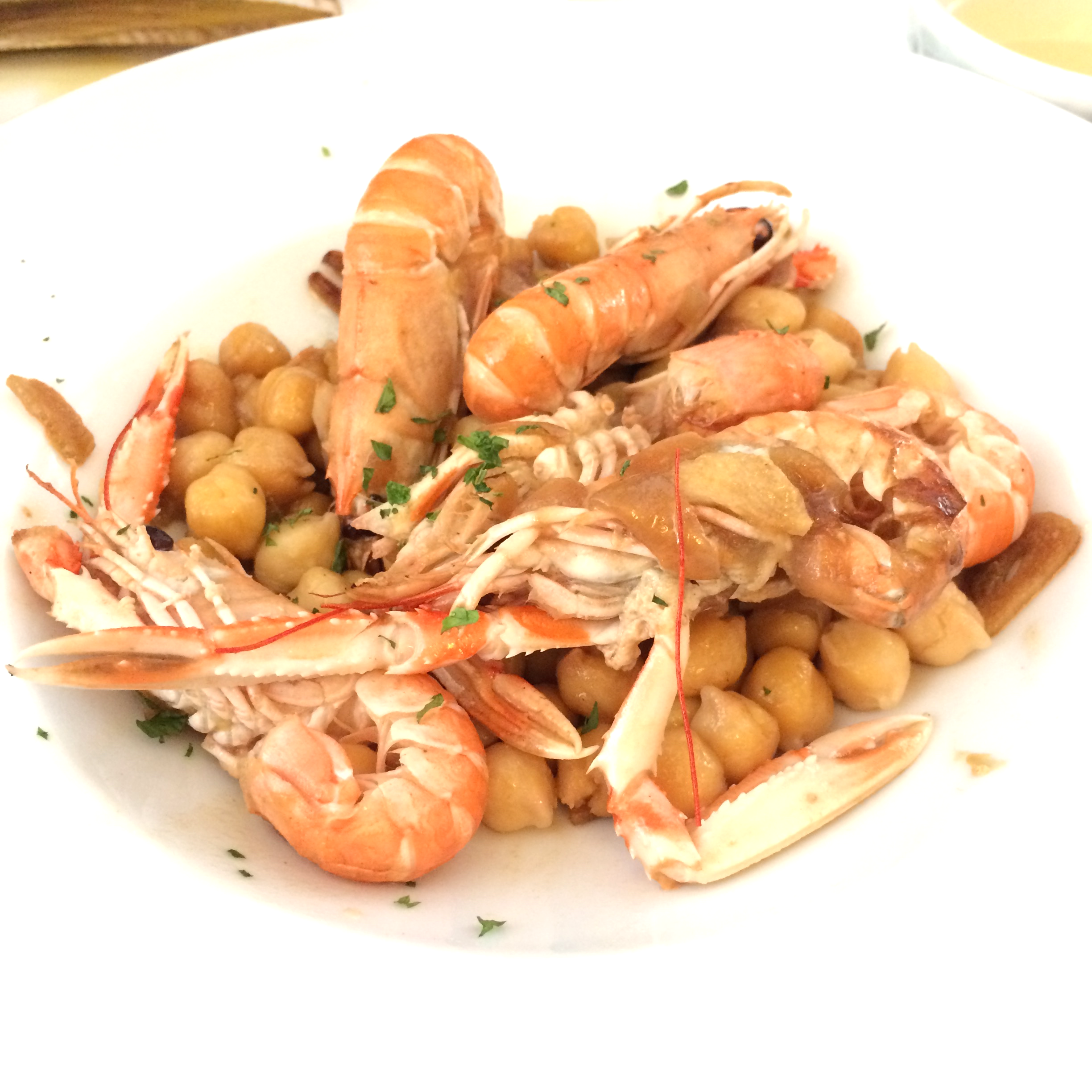 Prawns and chick peas at La Freiduria de Pauli, Barcelona