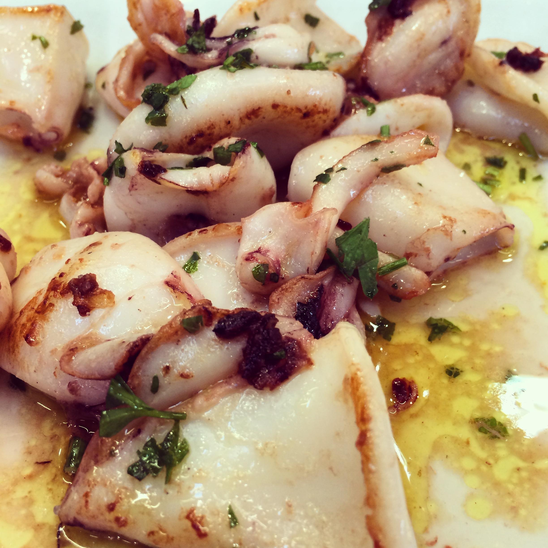 Squid with garlic and parsley at El Tast de Joan Noi, Barcelona