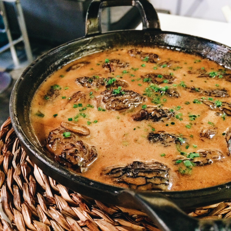 Morels in a foie gras sauce, Tapas 24